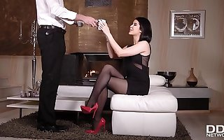 Get reachable for some epic foot fetish Hardcore fucking with sweetie Lady Dee