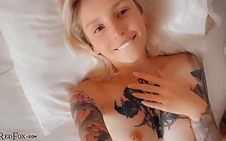 Babe Deep Blowjob and Passionate Fucking With the Approach closely - Cumshot