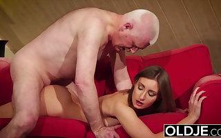 Girl gives grandpa hard erection, irregularly fucks him